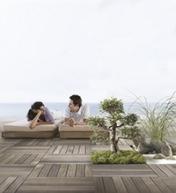 [SOPREMA : 2 nouvelles solutions d'aménagement pour les terrasses et toitures : Sopracover green et Sopradalle Créa]